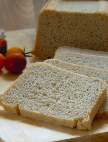 prosty chleb bezglutenowy z siemieniem lnianym