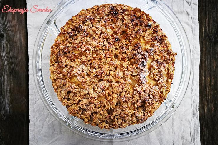 Bezglutenowe ciasto z jabłkami i kruszonką