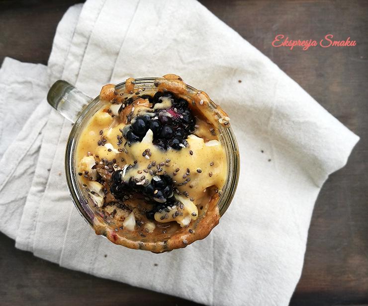 Kremowe i sycące smoothie z dynią, kalafiorem i gruszką