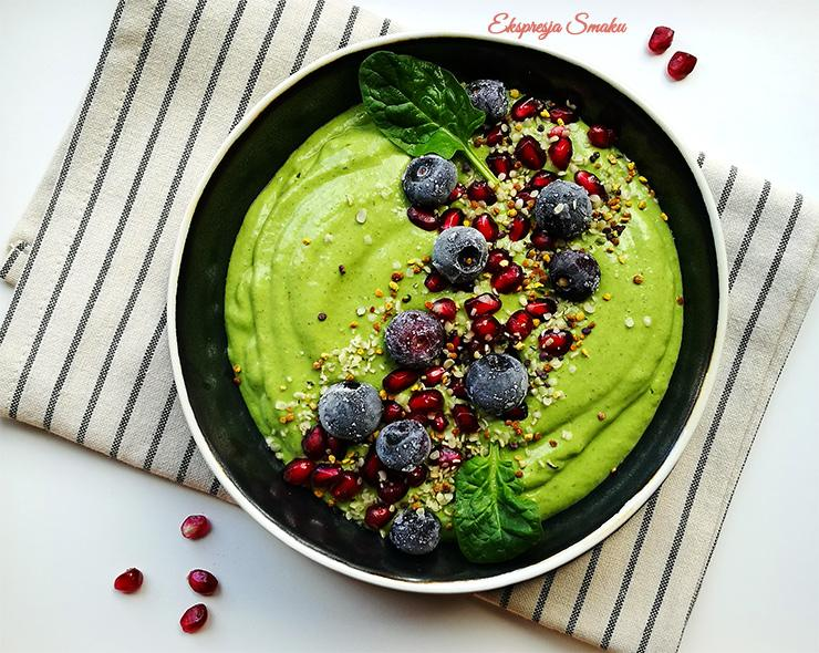 Zielone smoothie bowl