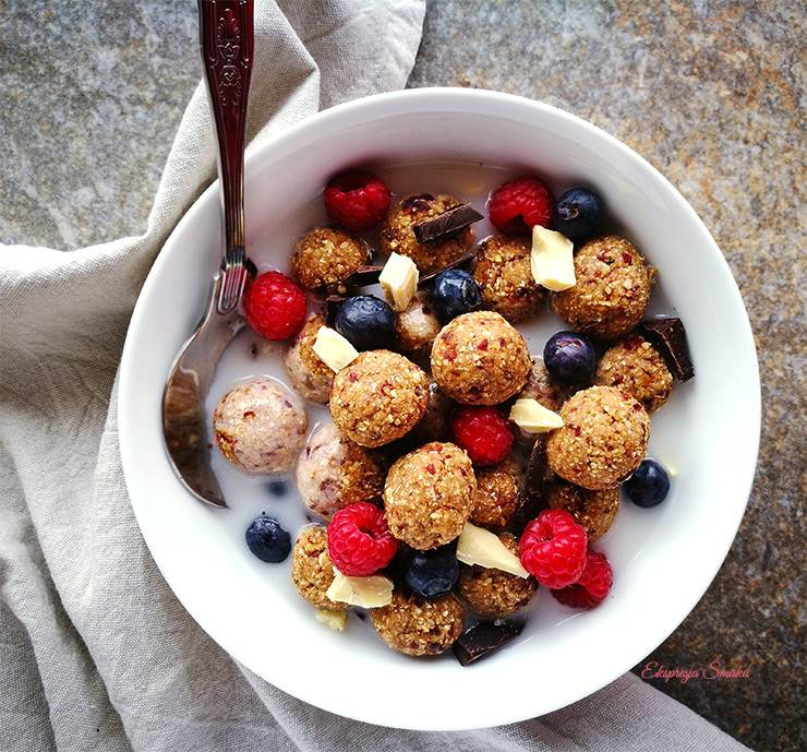 Kuleczki śniadaniowe musli bez glutenu i bez cukru
