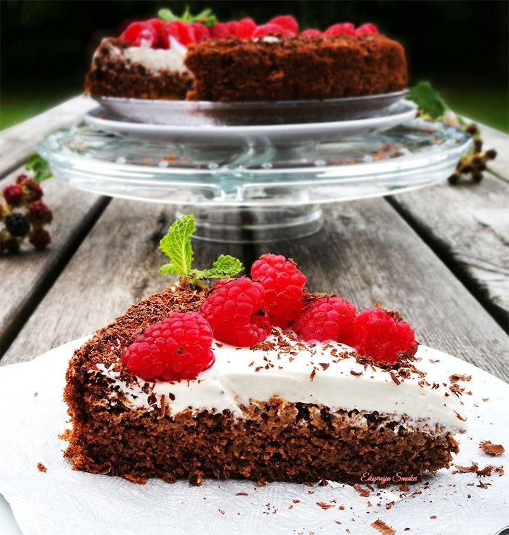 Czekoladowo-dyniowe ciasto biszkoptowe i bezglutenowe z kokosowym kremem