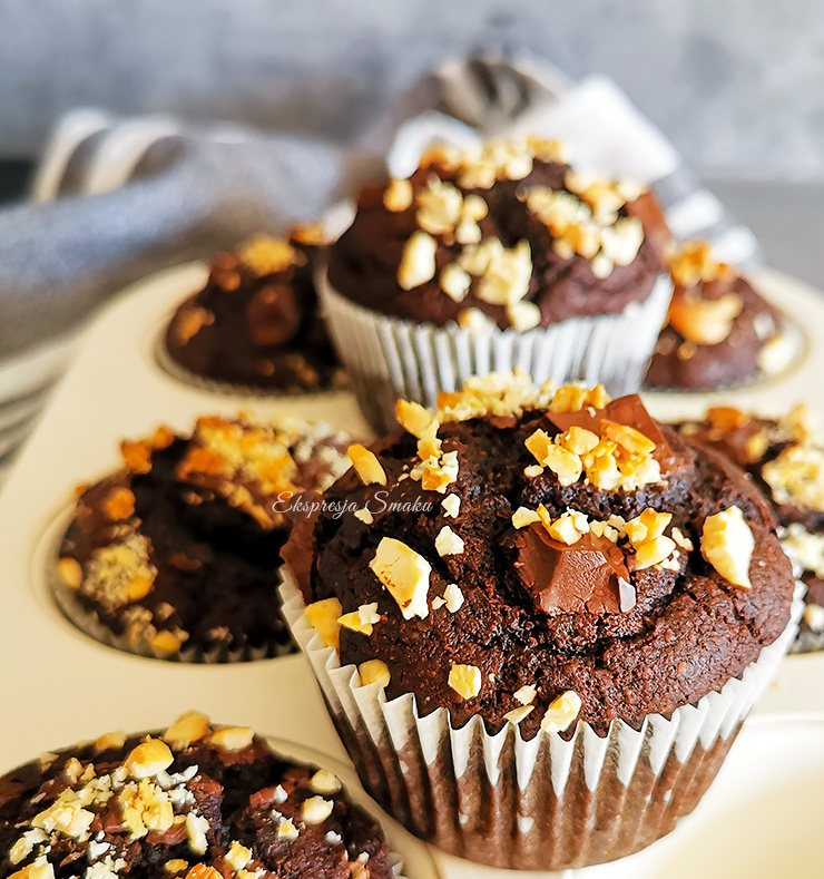 Wegańskie i bezglutenowe babeczki czekoladowe